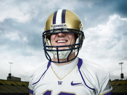 UW Husky quarterback Jake Locker in a lineman's helmet.  Photo by John Keatley.