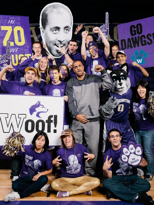 Lorenzo Romar with the Dawg Pack.  Photo by John Keatley.